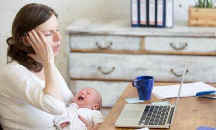 Mamans tardives : 5 astuces pour gérer la fatigue après 40 ans